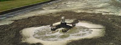 Aireador superficial flotante en agua residual