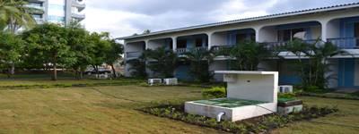 Pequeña planta de tratamiento de aguas residuales instalado en un hotel